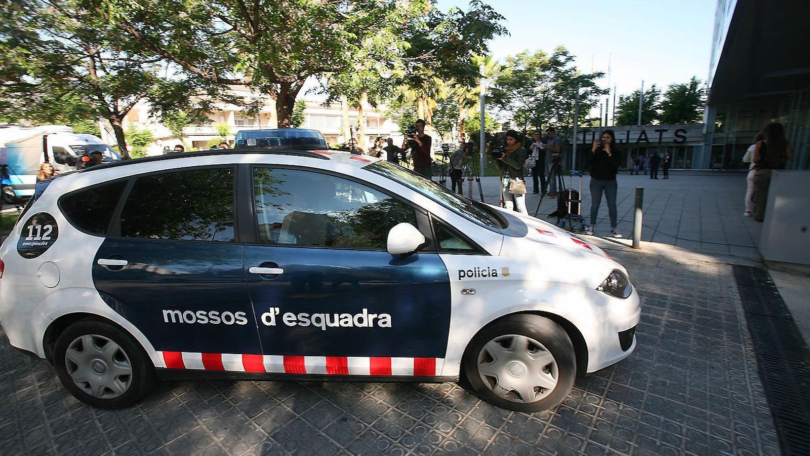 Els urbans del crim del pantà de Foix tanquen files per la mort d'un sensesostre a Montjuïc