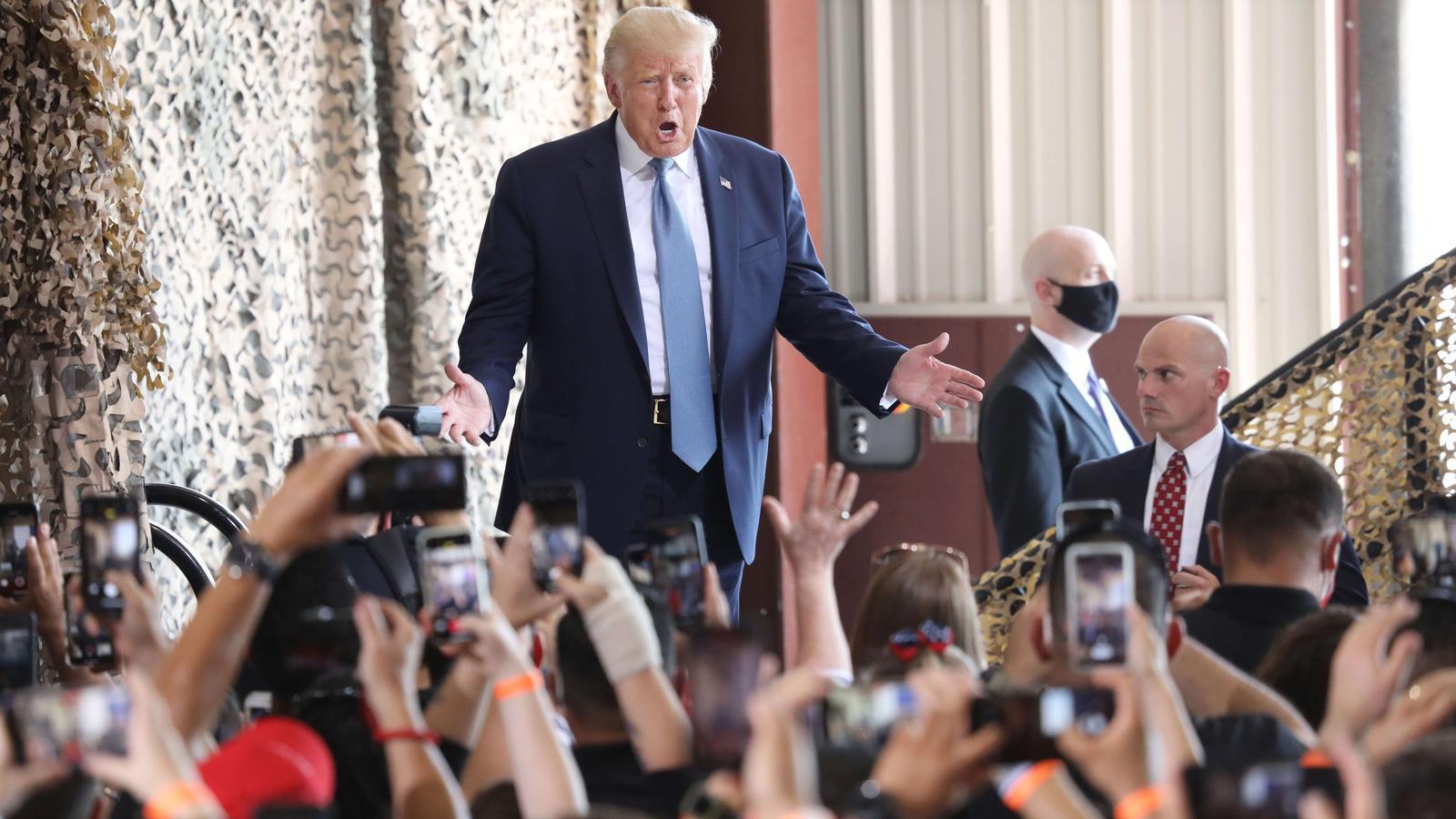 Trump atura les negociacions comercials amb la Xina per la pandèmia