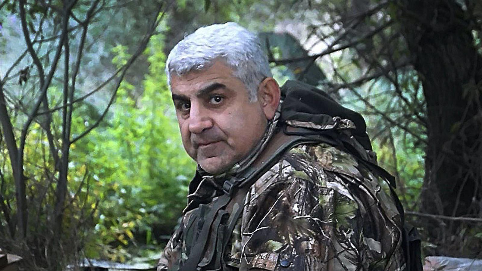 Armen Knyazyan pocs dies abans de morir  per l'impacte d'un projectil al cotxe amb què circulava per la República d'Artsakh.