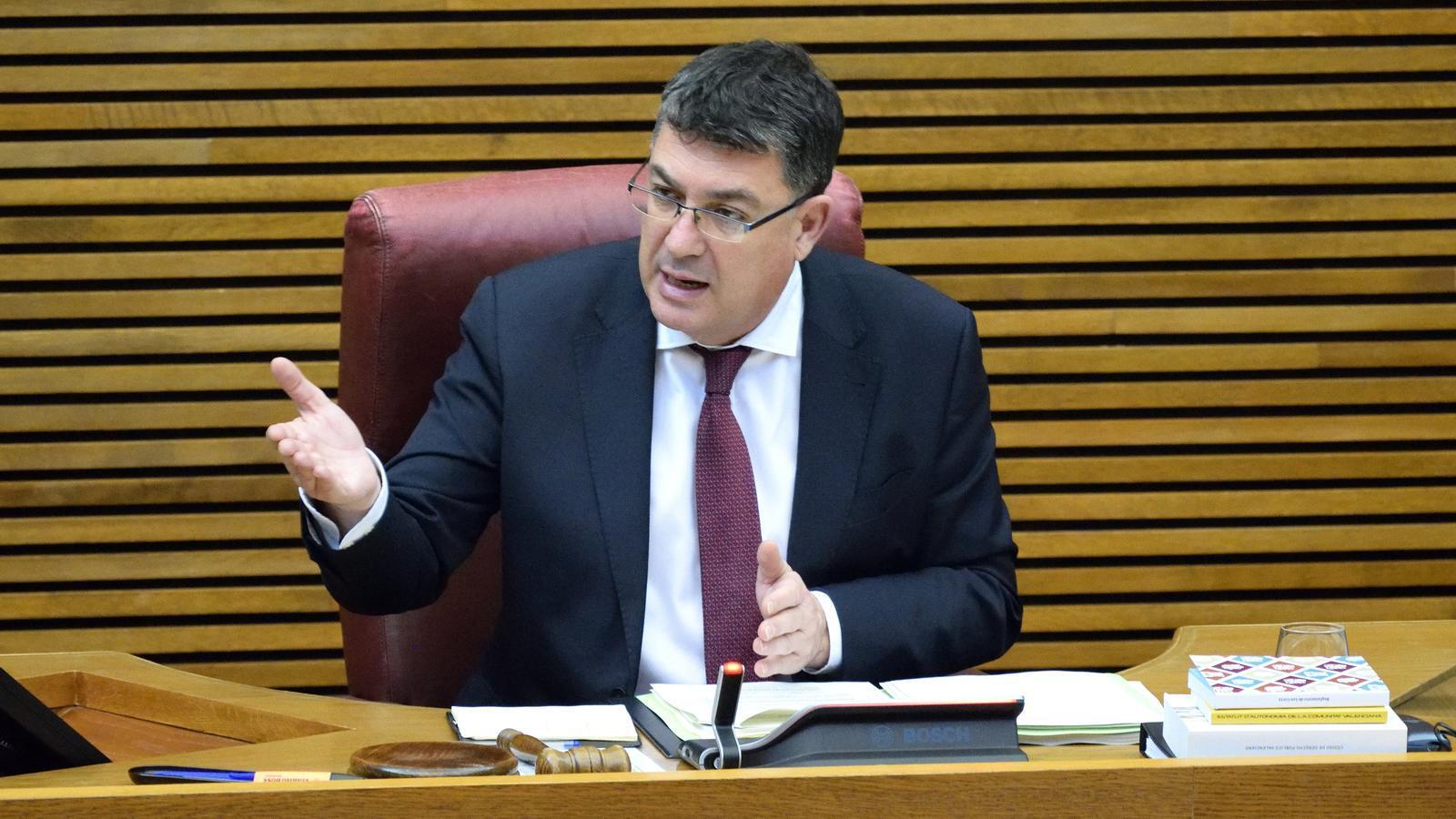 El president de les Corts Valencianes envia a la Fiscalia la petició de Vox d'informació personal de membres de col·lectius LGTBI