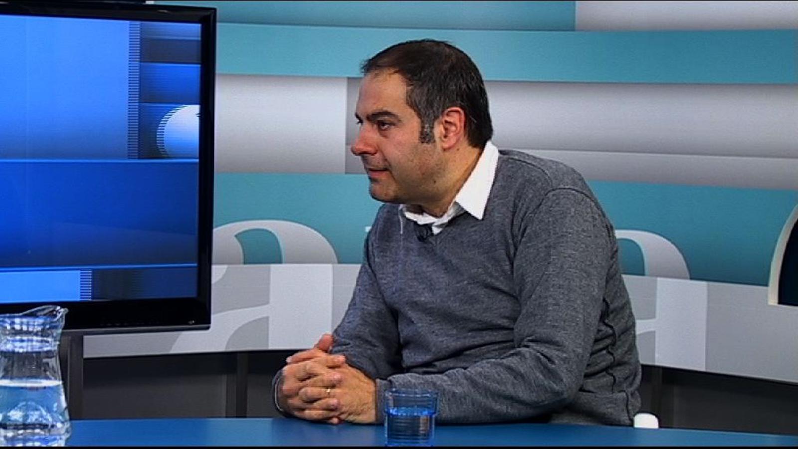 Toni Clapés: Que la ràdio i la televisió públiques estiguin en mans del poder polític és una anomalia gravíssima