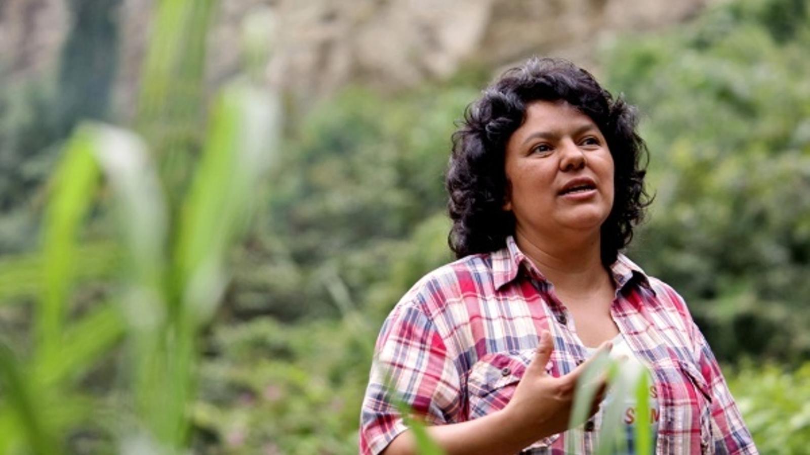 Assassinada una activista indigenista i ambientalista a Hondures