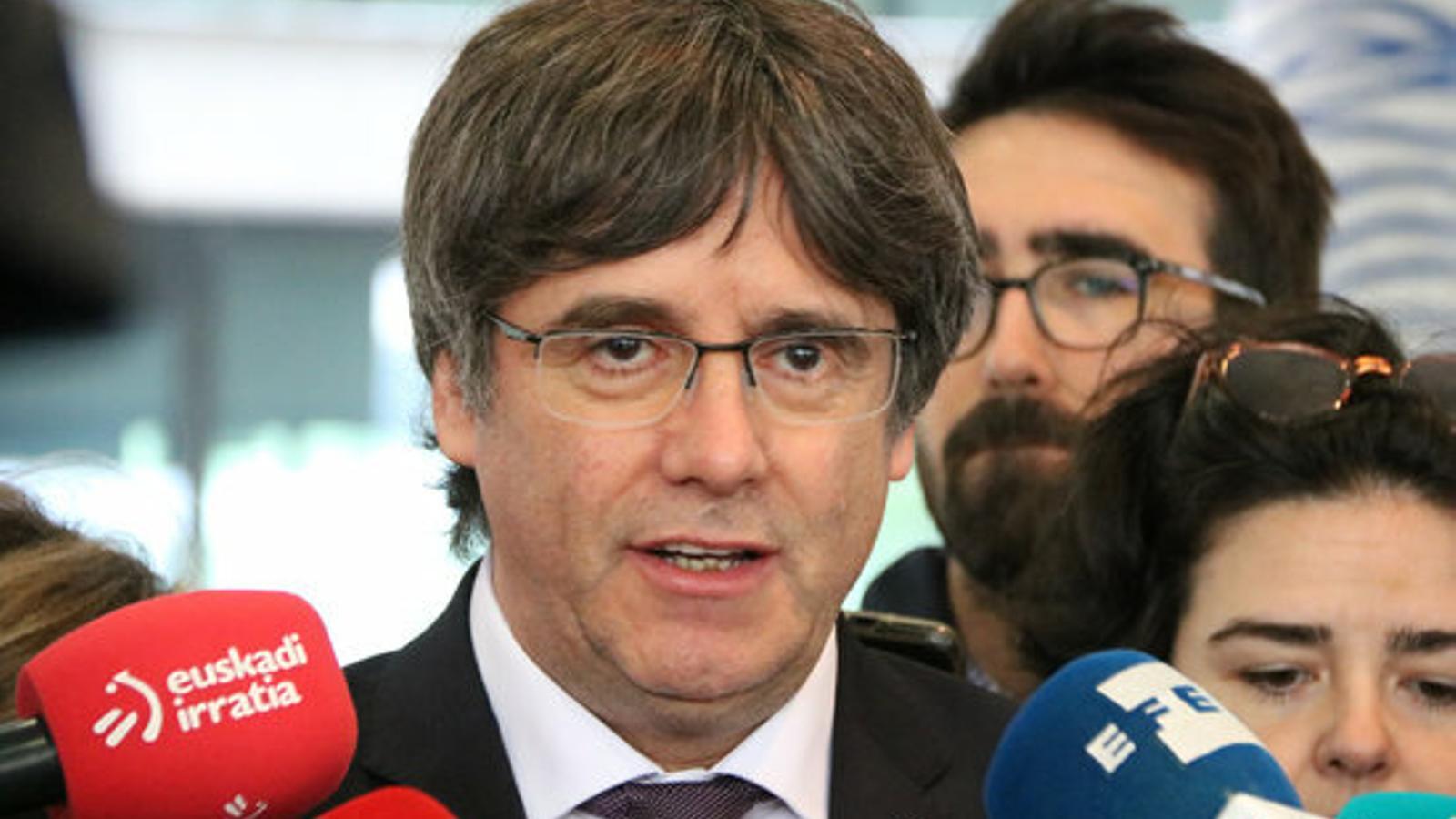 La justícia belga deixa Puigdemont en llibertat i fixa la primera cita als tribunals per al 29 d'octubre