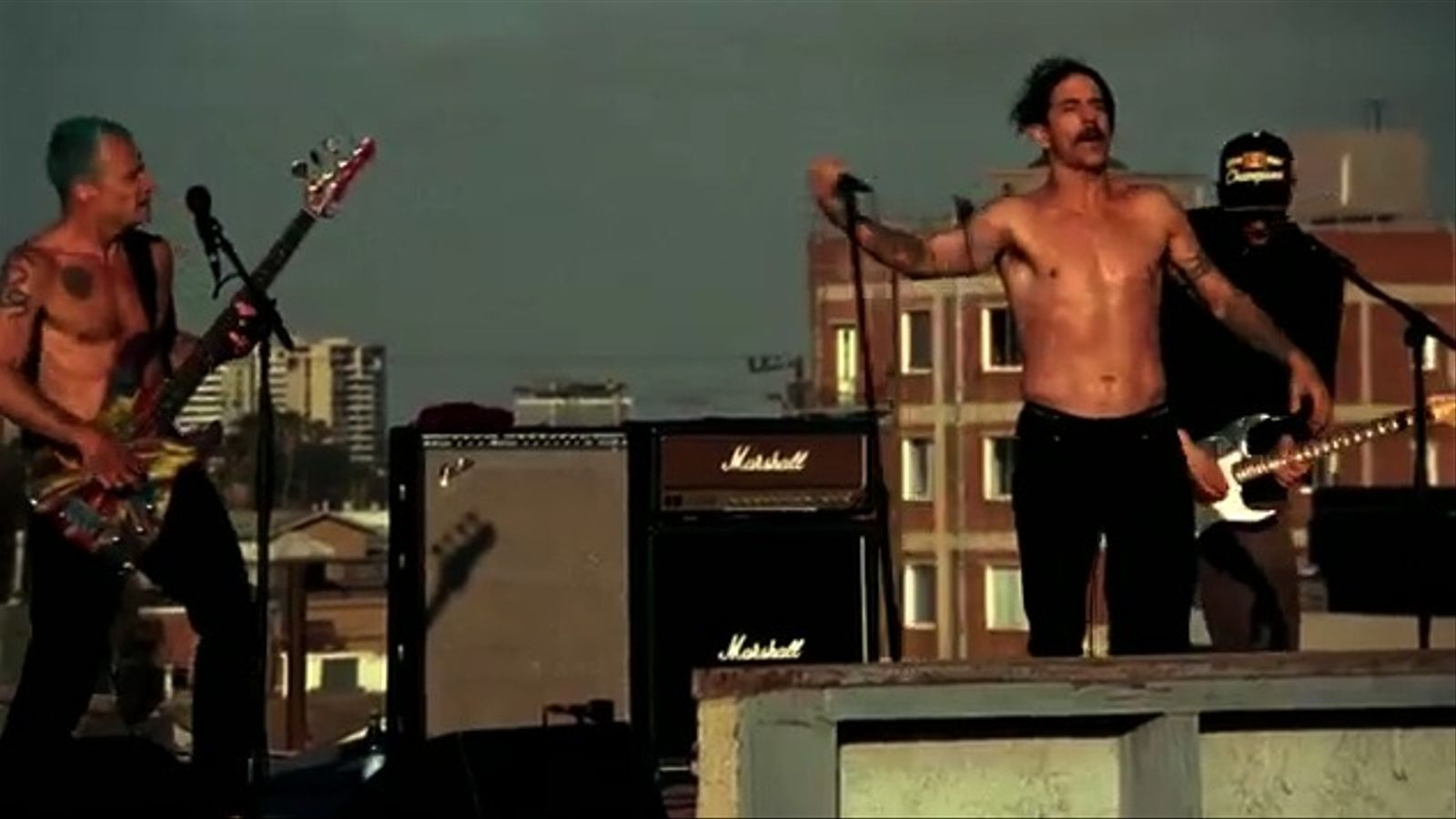'The adventures of rain dance Maggie', de Red Hot Chili Peppers