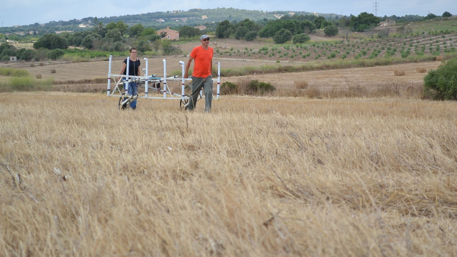 Els arquèolegs han emprat un georadar per treballar a Son Peretó.