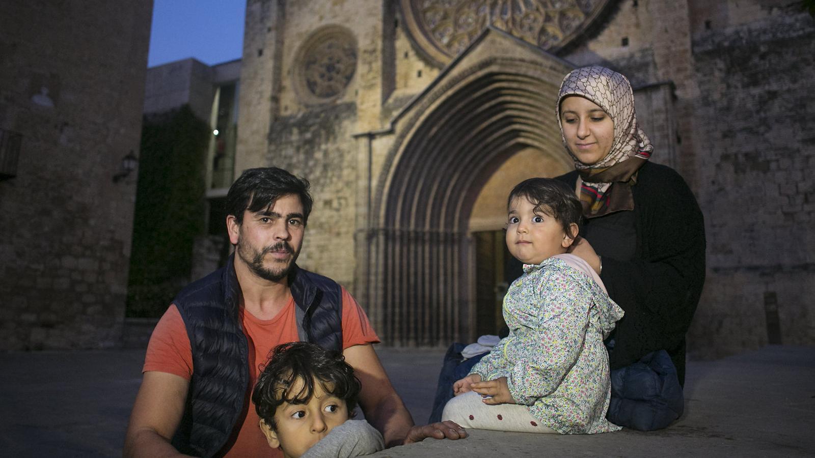 La família de Tayeb Ayt Lfagyh ahir a Sant Cugat.