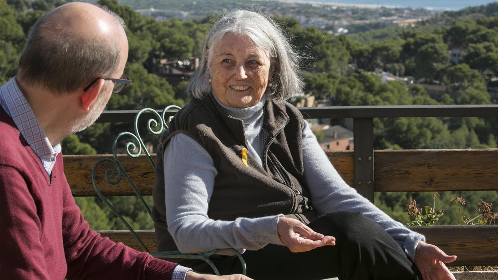 Entrevista d'Antoni Bassas a Àngels Martínez