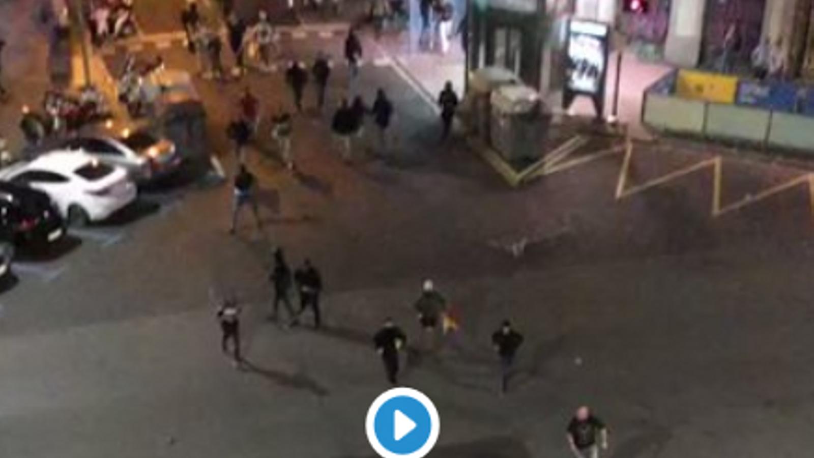 Polèmica per la brutal pallissa d'un grup ultra a un jove antifeixista