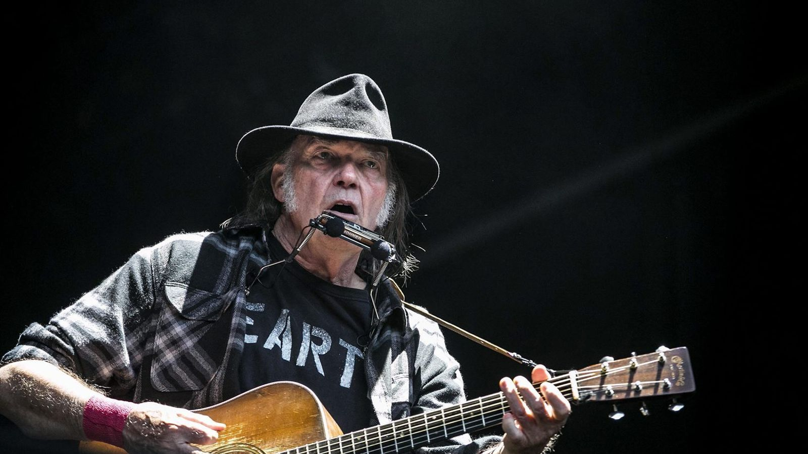 La gran lliçó de rock total de Neil Young