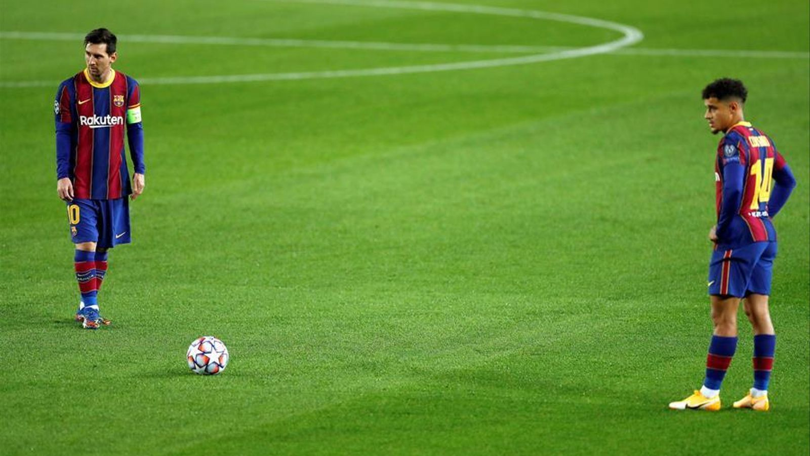 Coutinho i Leo Messi durant el clàssic contra el Reial Madrid