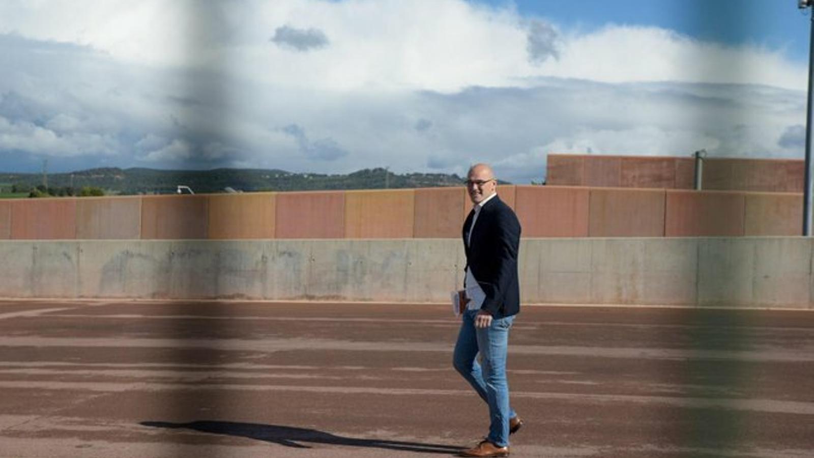 Raül Romeva surt per primer cop de la presó de Lledoners per treballar