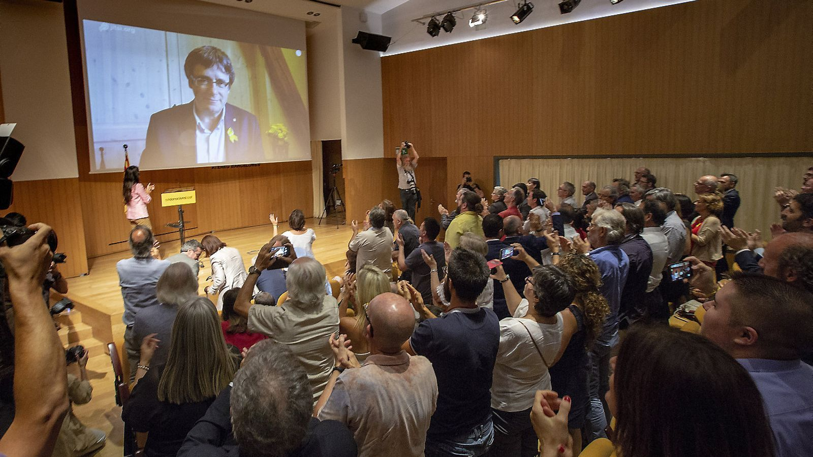 https://www.ara.cat/2018/07/17/politica/Carles-Puigdemont-Crida-Ateneu-Barcelones_2053004742_55398969_540x343.jpg