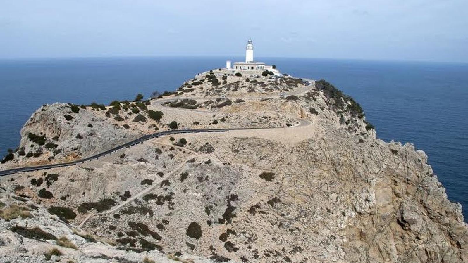 Saturació a les carreteres d'accés a Formentor, Sa Calobra i Port de Valldemossa