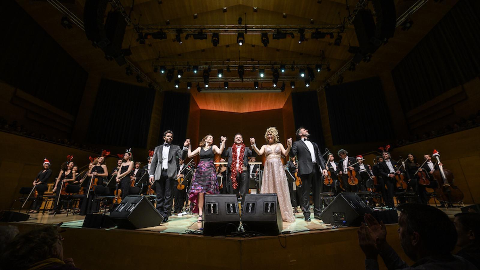 L'homenatge al Broadway de Bernstein a L'Auditori / MAY ZIRCUS / L'AUDITORI
