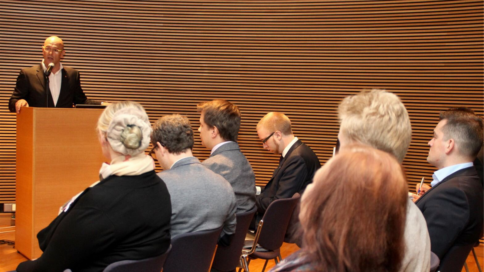 Raül Romeva al Parlament de Finlàndia aquest matí