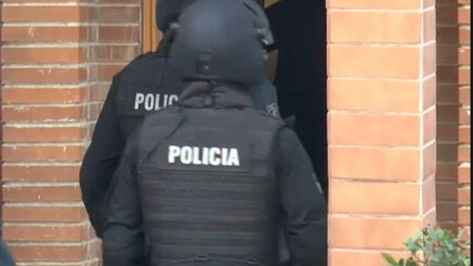 Imatge d'arxiu d'un altre operatiu antijihadista de la policia espanyola