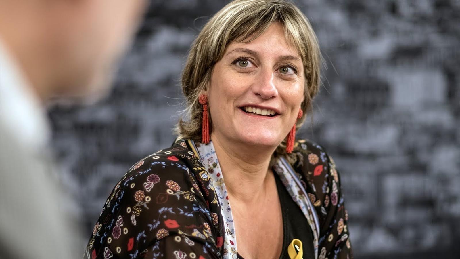 Entrevista d'Antoni Bassas a Alba Vergés