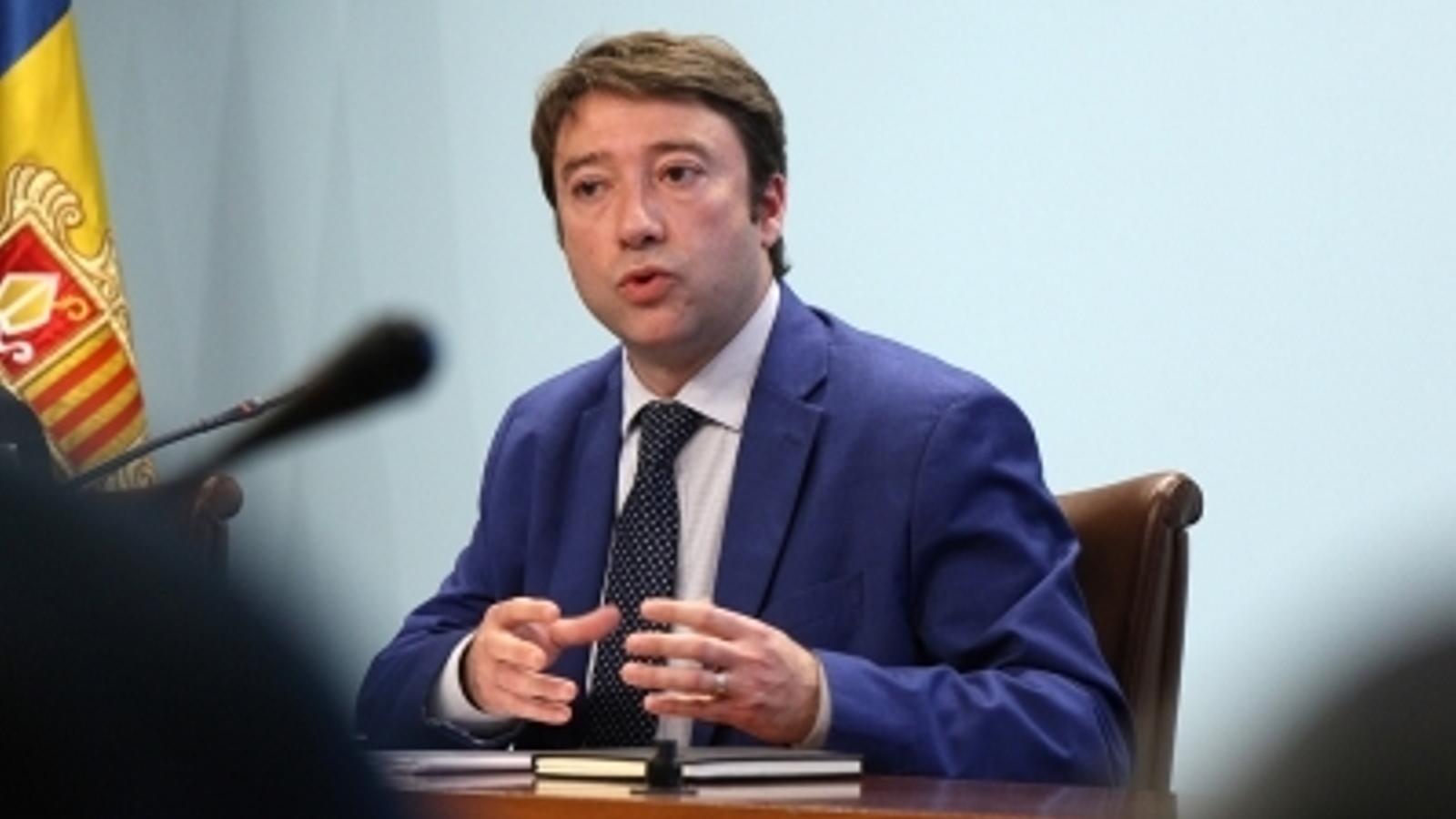 El director general de Tributs i Fronteres, Albert Hinojosa, durant la roda de premsa d'aquest dimecres. / M. M.