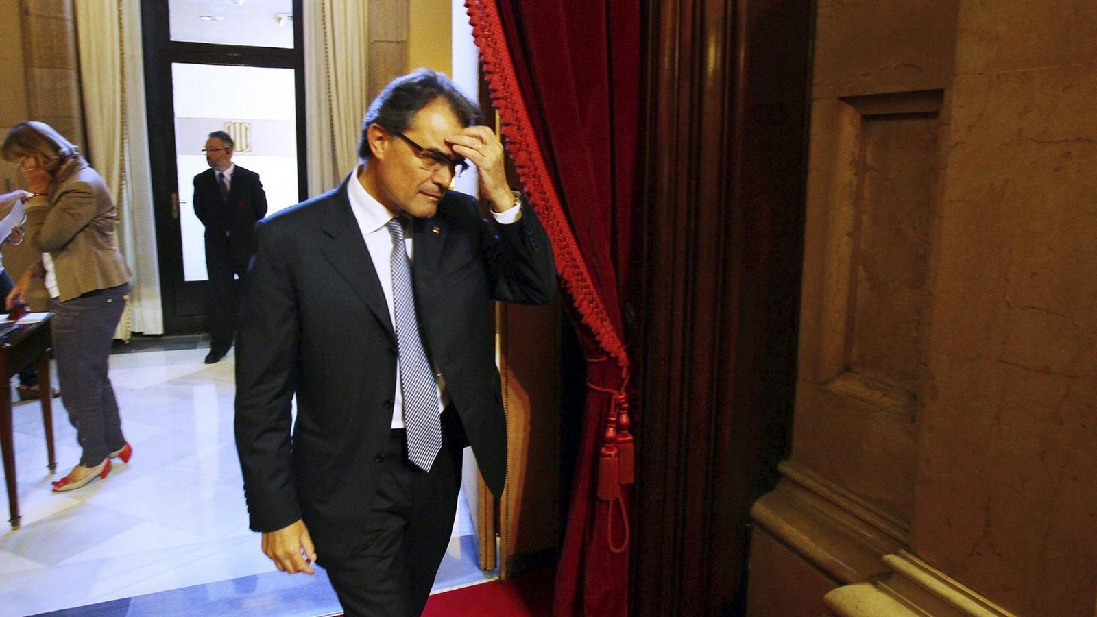 PENSANT L'ESTRATÈGIA   El president de la Generalitat, Artur Mas, rumia quina oferta pot fer a Mariano Rajoy, el seu homòleg espanyol, per reeixir en l'aposta pel concert.