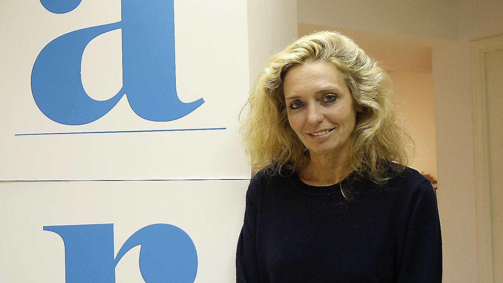 La nova directora, Aina Vives, s'incorporarà al diari en els pròxims dies.