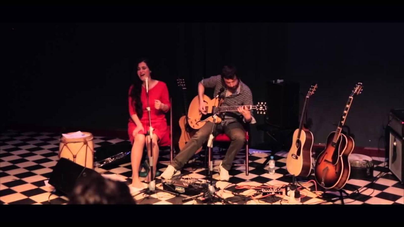 Sílvia Pérez Cruz i Refree interpreten 'Pequeño vals vienés'