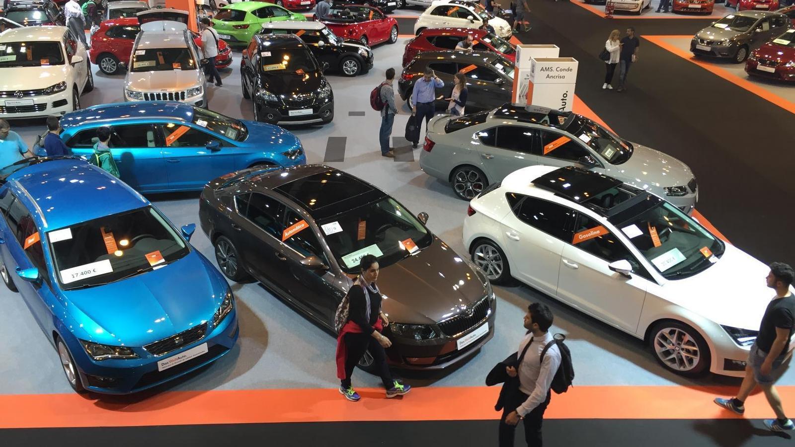 Les vendes de cotxes a Europa cauen un 8,6% a l'agost i un 3,2% des de començament d'any