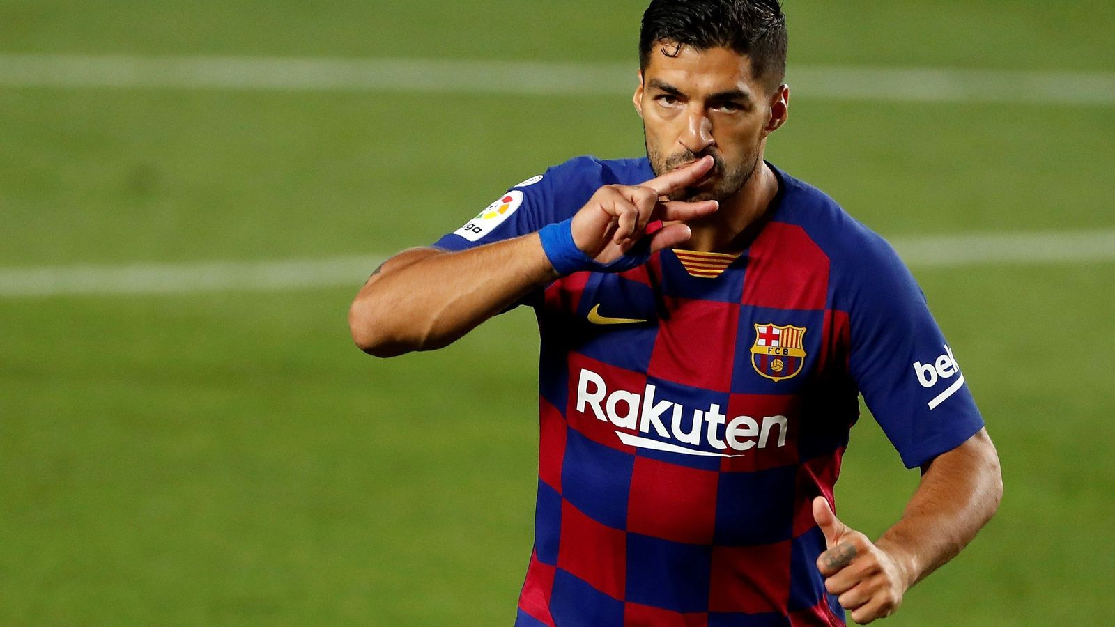 Luis Suárez, celebrant el gol davant l'Espanyol