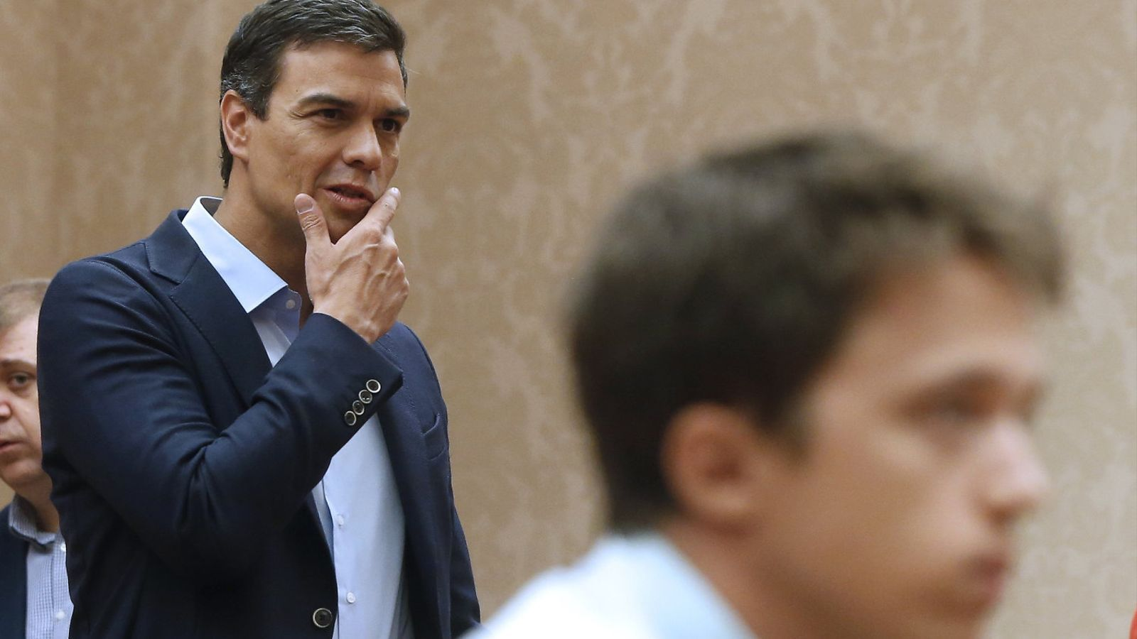 L'efecte papallona d'Errejón amenaça un Sánchez sense pla B
