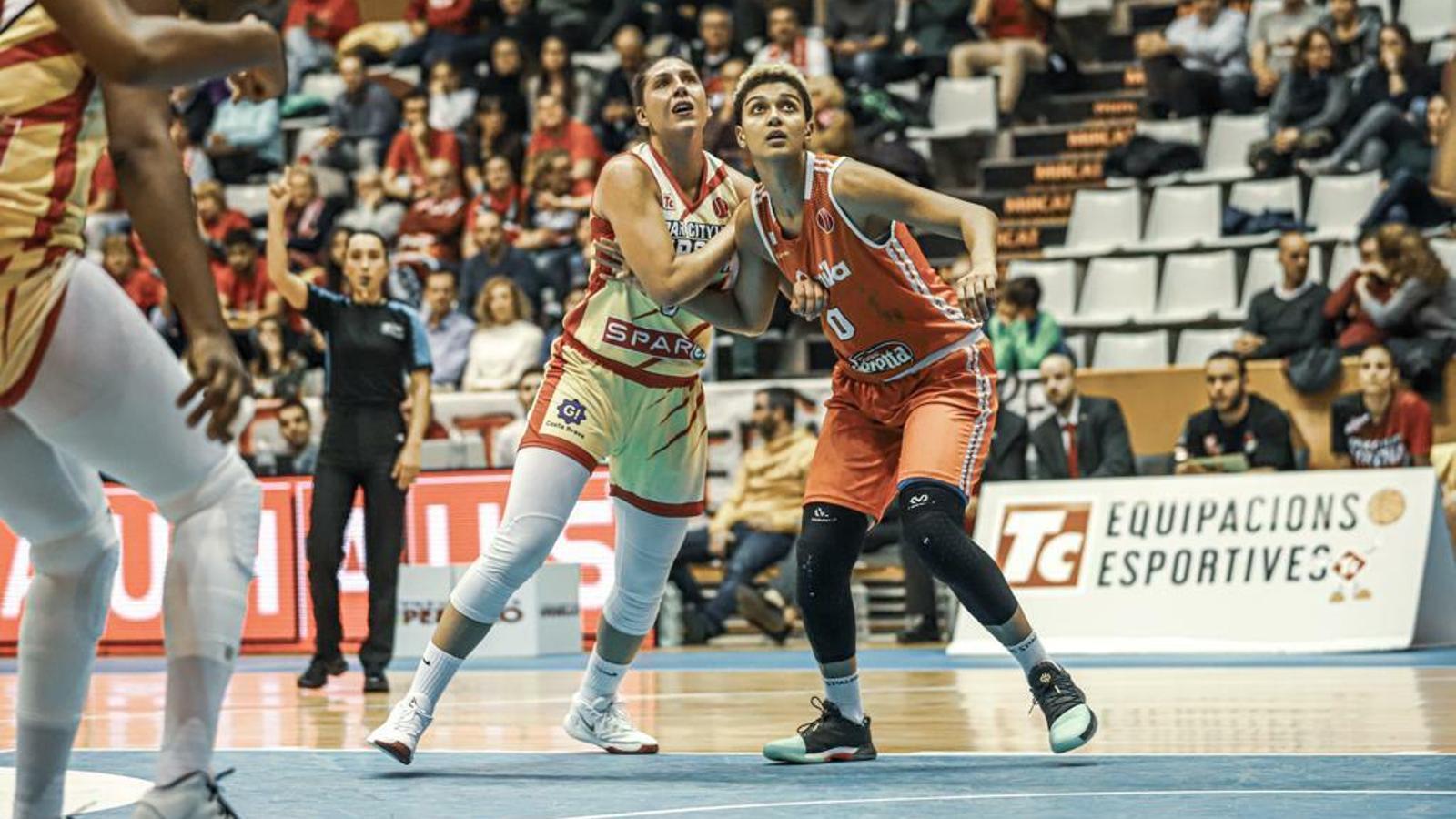María Araújo, jugadora de l'Spar Citylift Girona