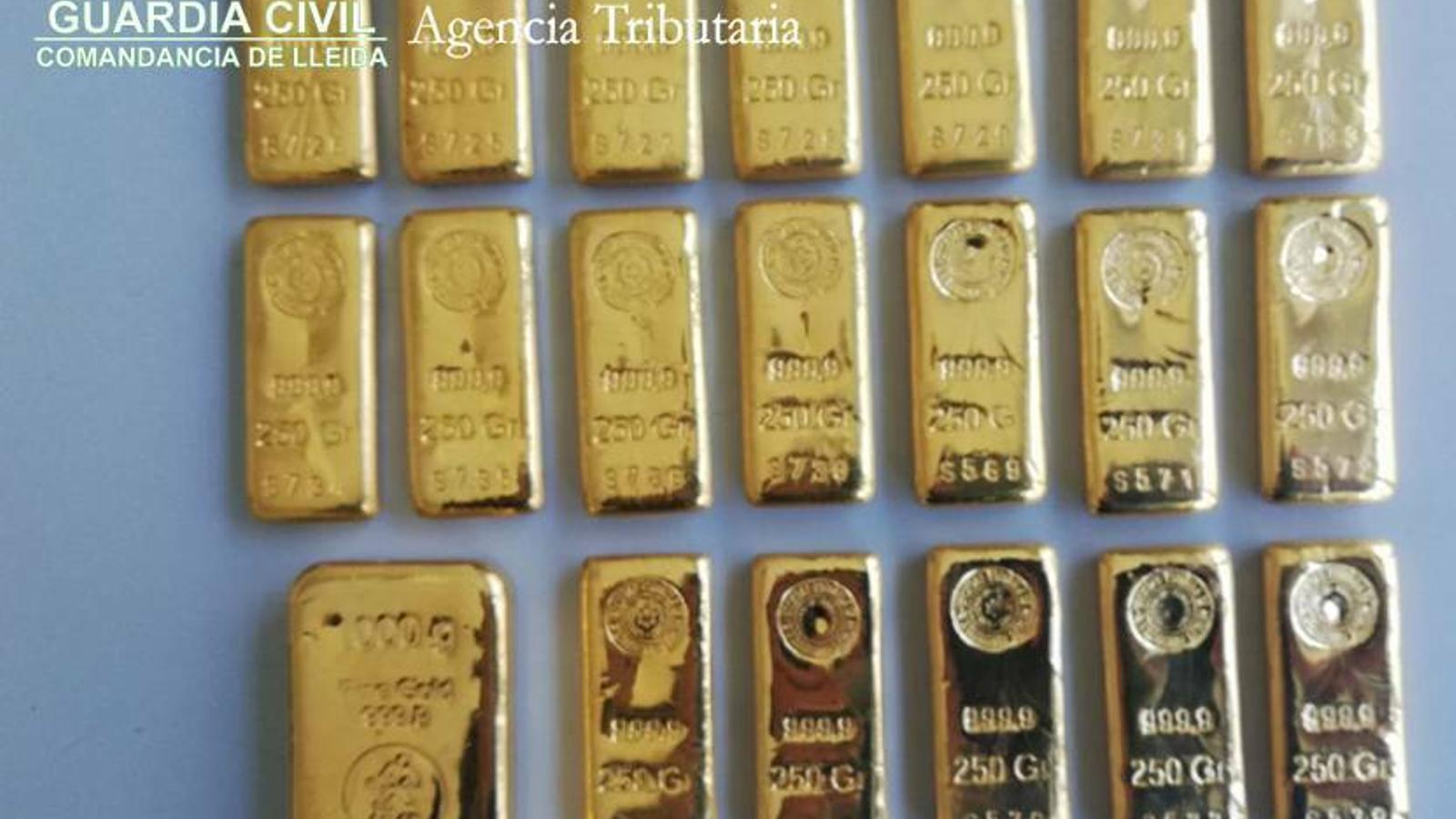 Els lingots d'or confiscats a la duana / GUÀRDIA CIVIL
