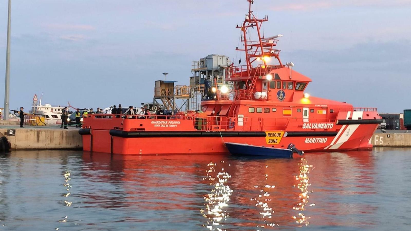 Pugen a 64 els migrants detinguts després d'arribar en pastera a les Balears