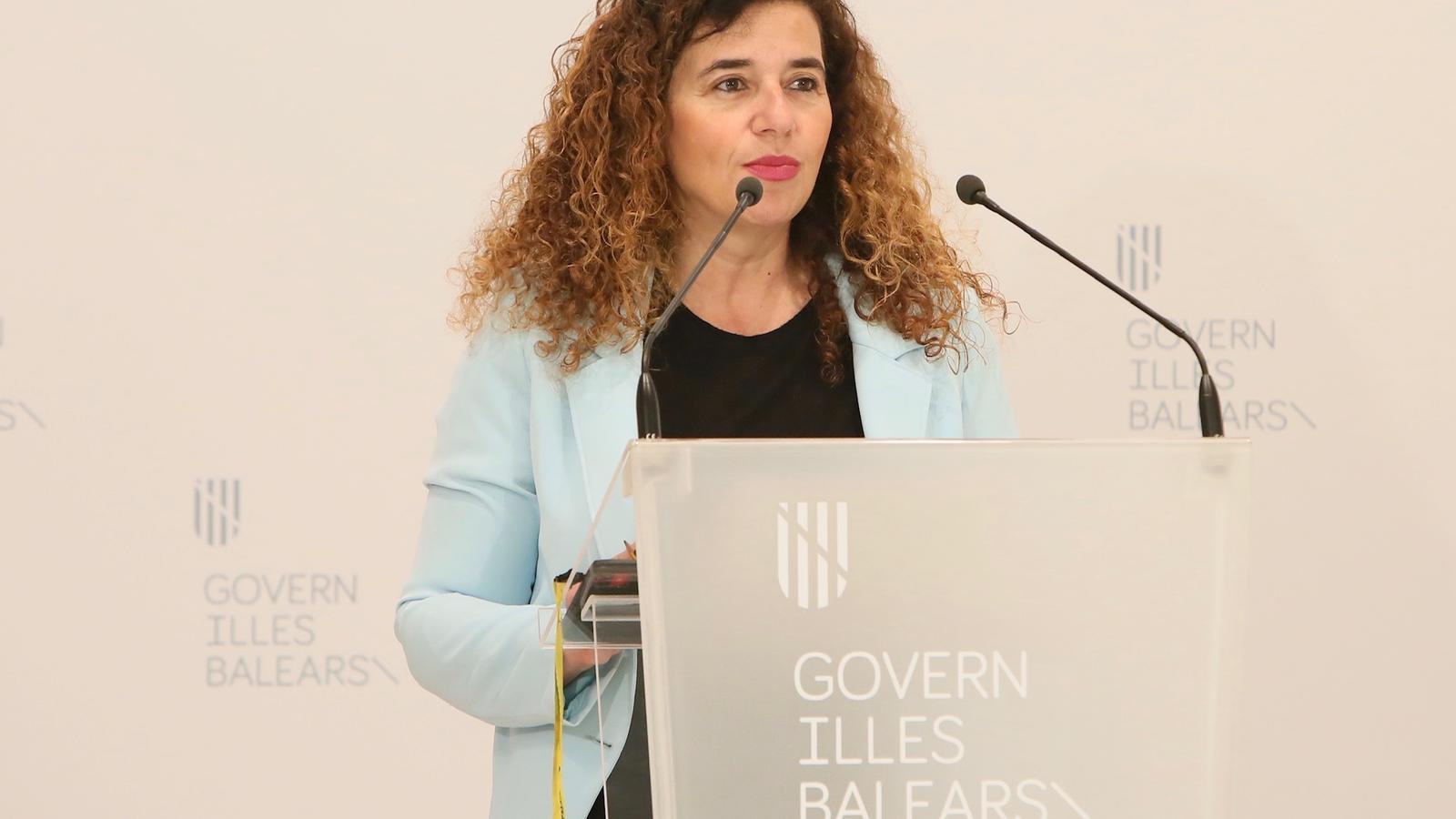 La portaveu de l'Executiu, Pilar Costa, a la roda de premsa posterior al Consell de Govern