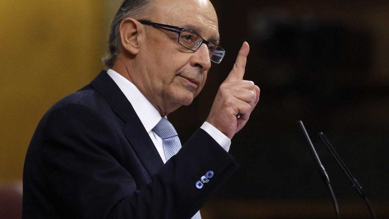 Cristóbal Montoro, ministre espanyol d'Hisenda, en el debat al Congrés sobre els pressupostos generals de l'Estat per al 2016 / EFE