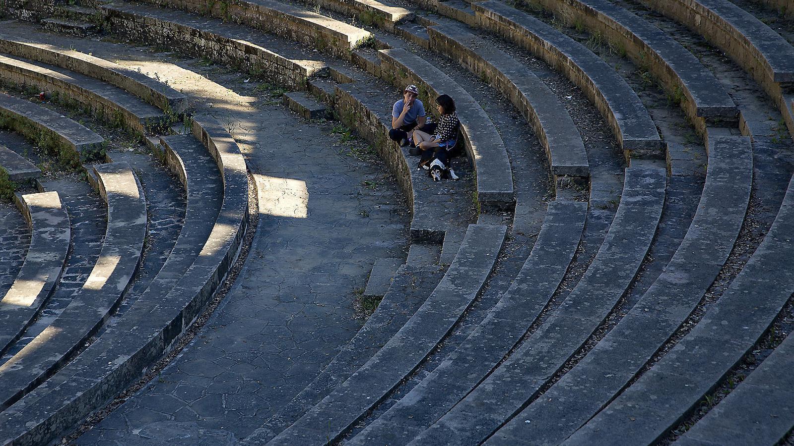 L'amfiteatre del Grec, a Barcelona, espera tornar a rebre espectadors aquest estiu, amb la distància adequada.