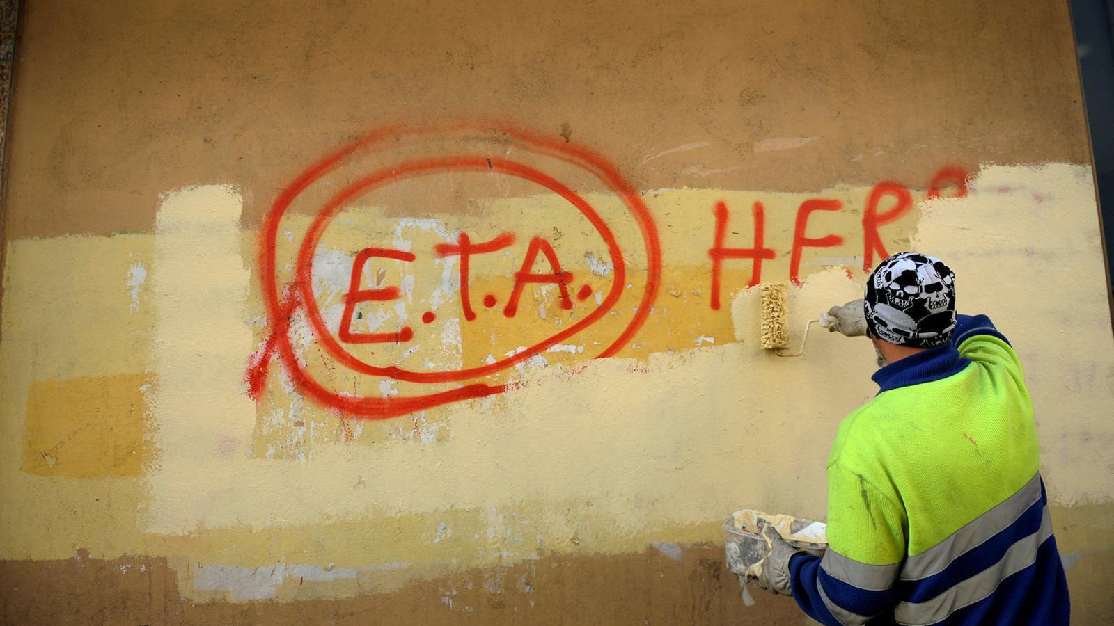 ETA anuncia avui la seva fi a través d'agents internacionals
