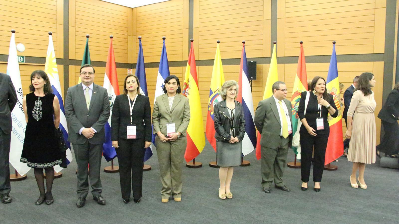 Representants del països presents. / C.A. (ANA)