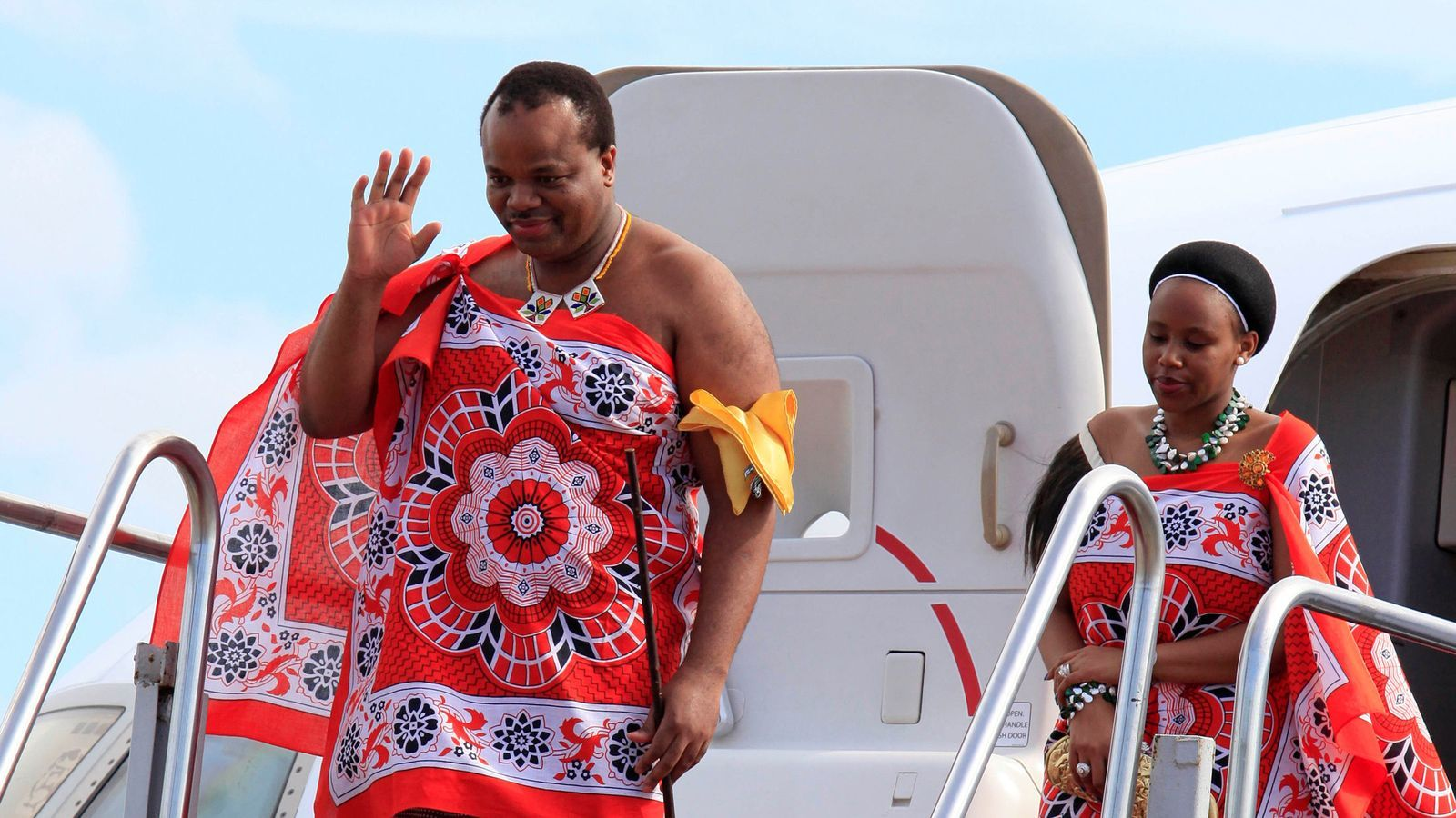 El rei Mswati i una de les seves dones, en una imatge del 2012.