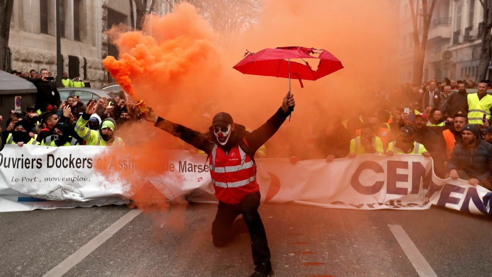 Seguiment massiu de la vaga general a França contra la reforma de les pensions