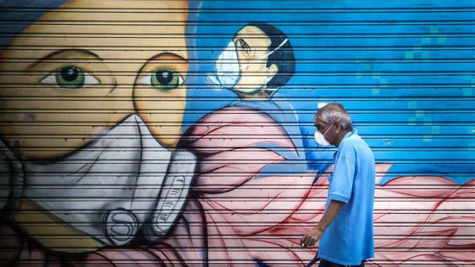 De Xile a Hong Kong, els moviments de protesta en treva  per la pandèmia