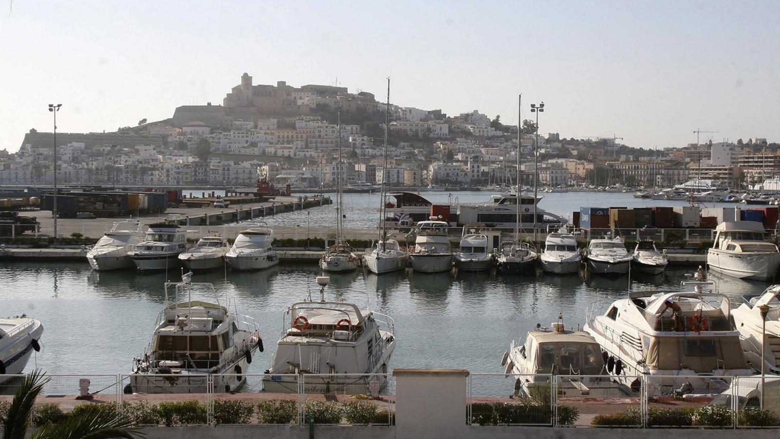 La temporada turística planteja grans interrogants per Menorca, Eivissa i Formentera