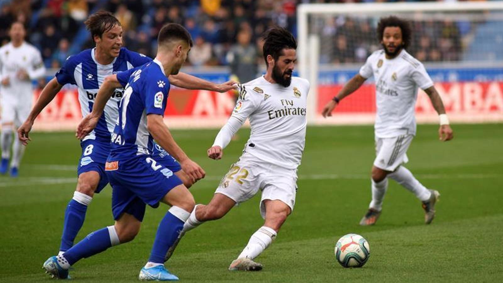 El Reial Madrid es va imposar a l'Alabès en la seva visita a Mendizorrotza (1-2) / EFE