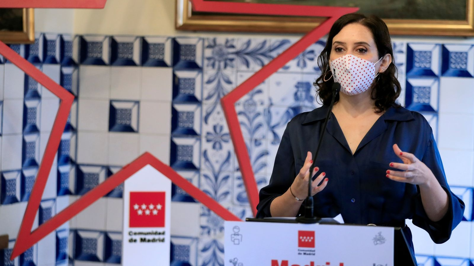 La presidenta madrilenya, Isabel Díaz Ayuso, dilluns durant un acte de suport a l'hostaleria.