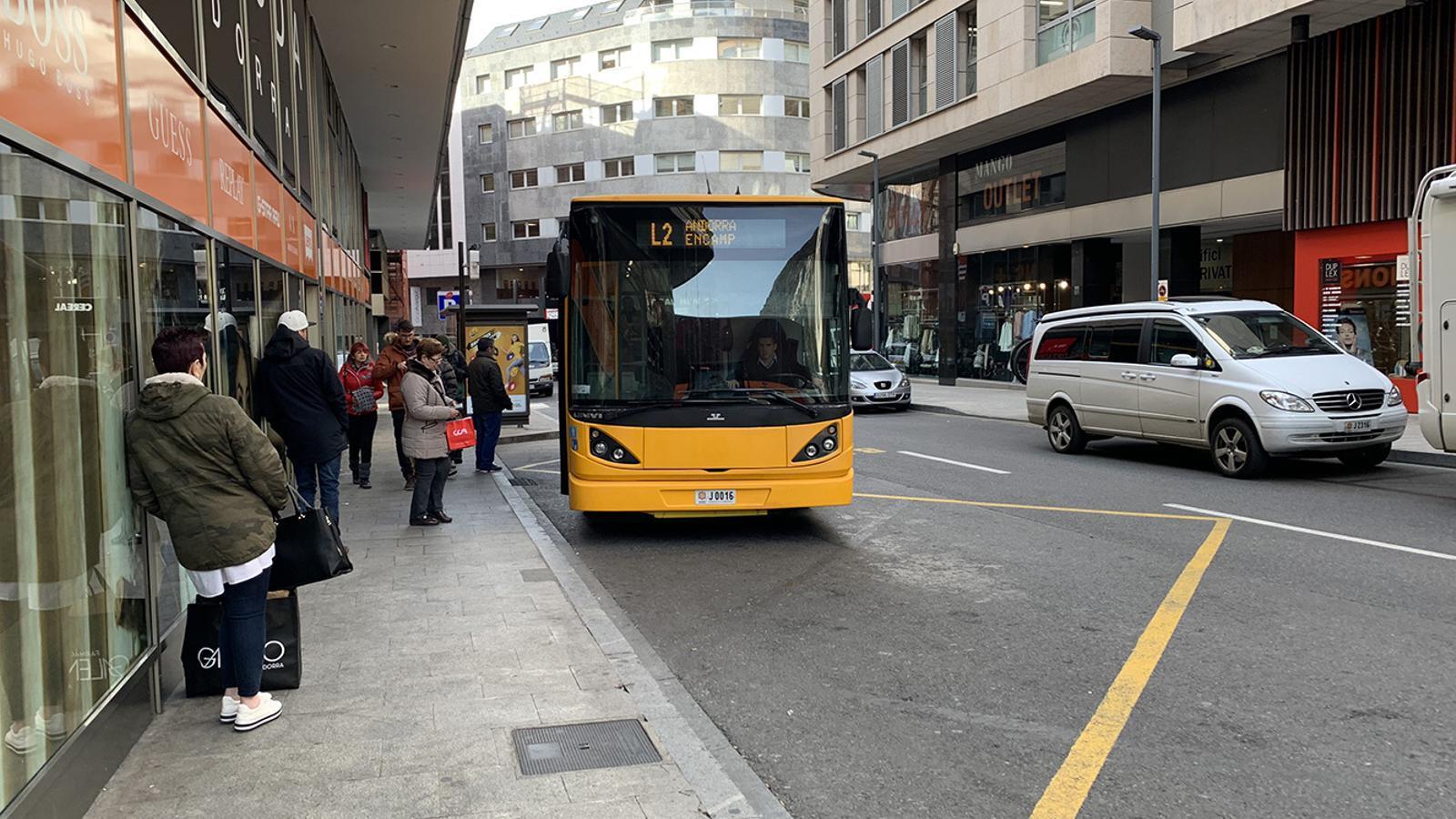 Una imatge del bus diürn a Encamp. / C. A. (ANA)
