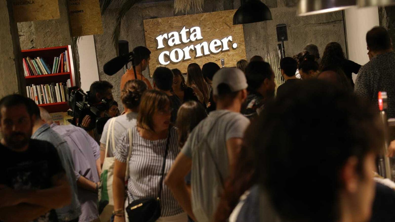 La llibreria Rata Corner estrena nou local però manté l'essència