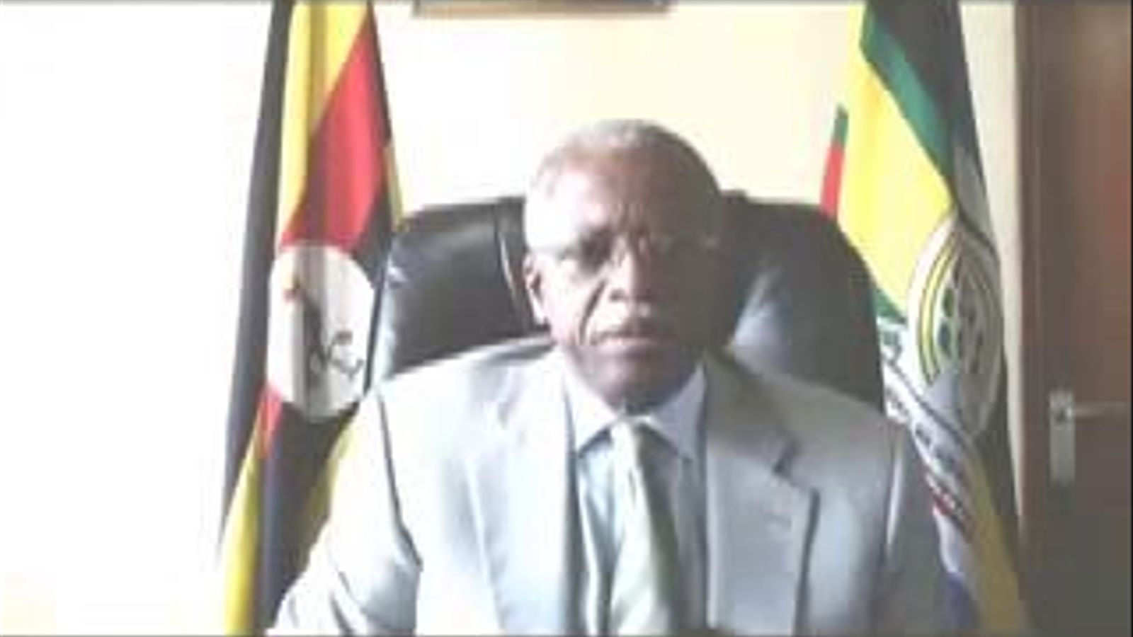 El primer ministre d'Uganda respon al vídeo #Kony2012: Tenim pau, estabilitat i un gran poble