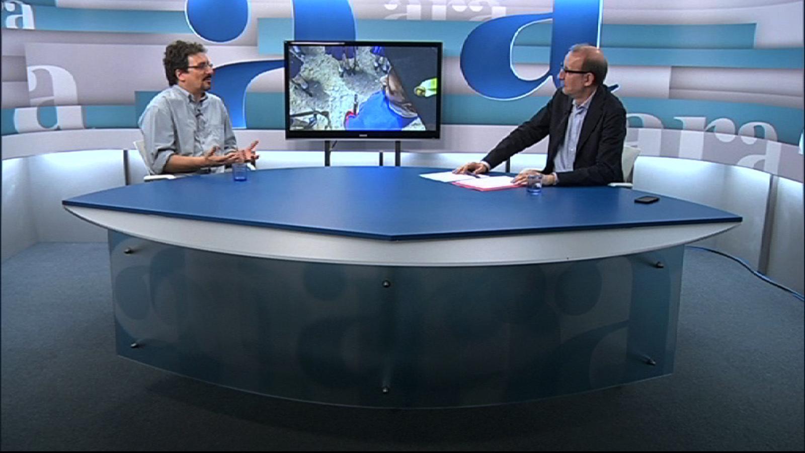Entrevista d'Antoni Bassas a Albert Sánchez Piñol, per 'Ara TV Premium'