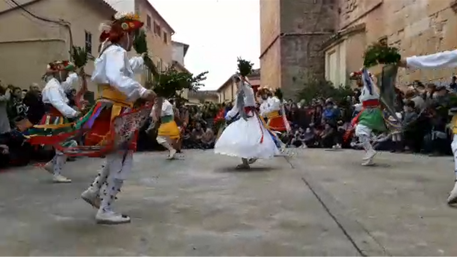 Cossiers d'Algaida, danses vives per Sant Honorat