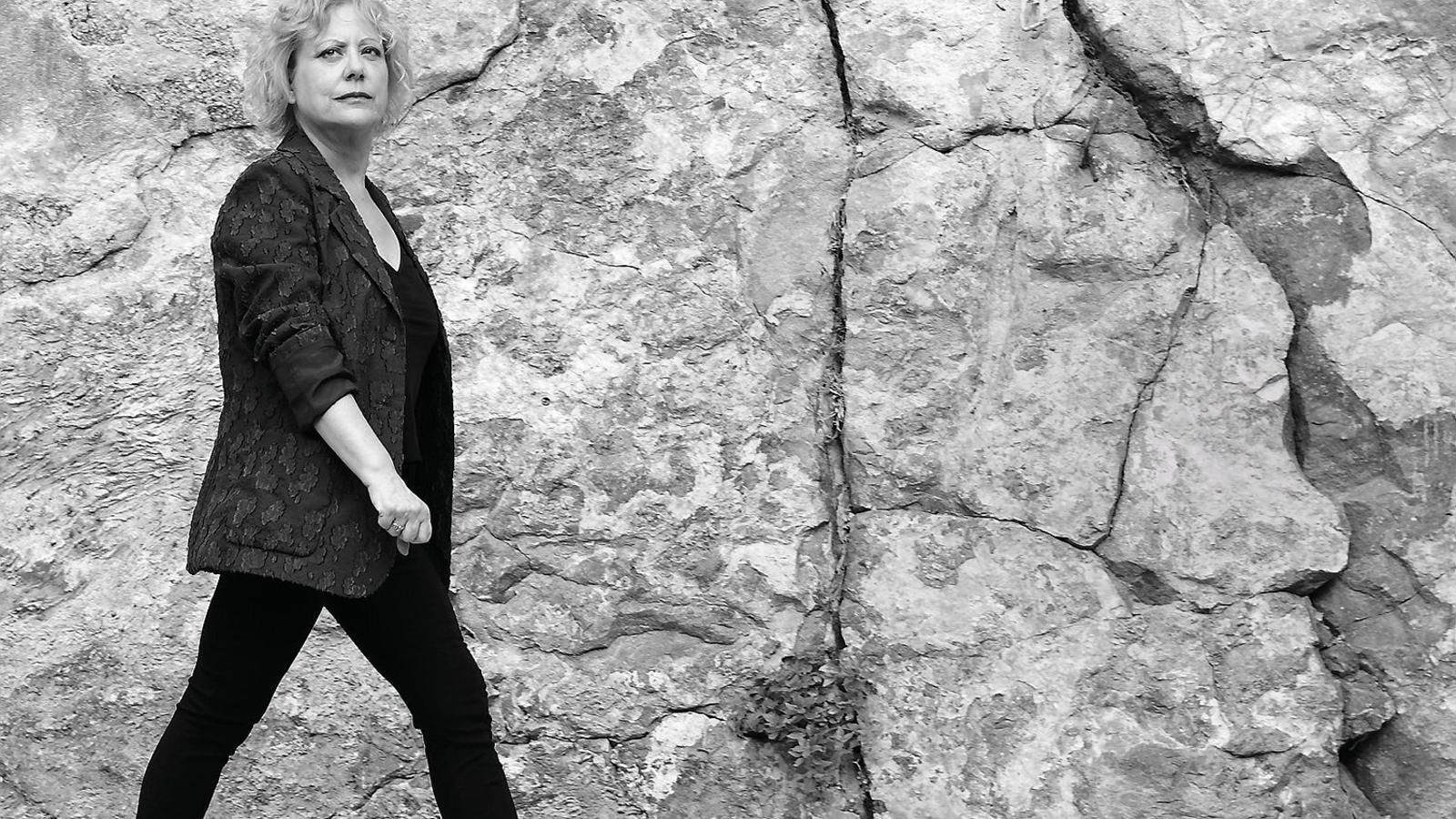 """Marina Rossell: """"Em conformo amb emocionar i crear humor"""""""