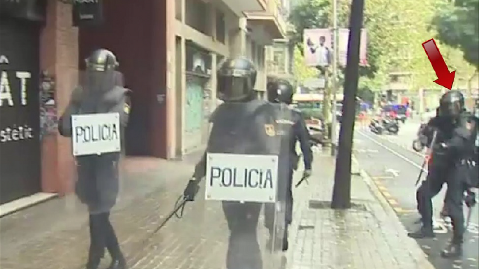 ID'd officer who fired rubber bullet blinding Catalan