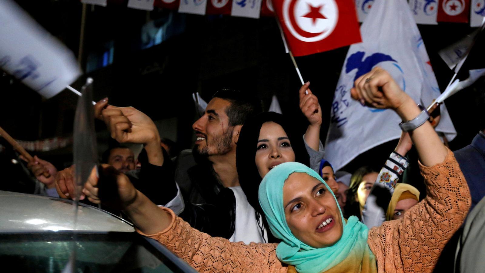 Els islamistes s'imposen en una Tunísia abstencionista
